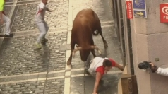 Bull gores three runners in Pamplona