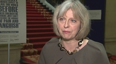 Theresa May urges young people not to travel to Syria