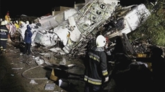 At least 47 dead in Taiwan plane crash