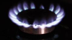 Warm winter behind British Gas profits fall