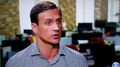 Swimmer Lochte apologises for robbery claims