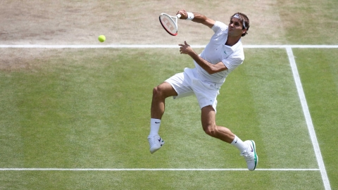 Federer won the third set 6-3.