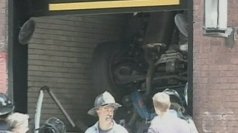 Car plunges down elevator shaft in New York