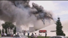 Huge fire engulfs Azerbaijan's landmark building