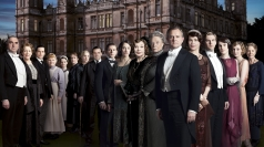 Downton Abbey is returning for a third series.