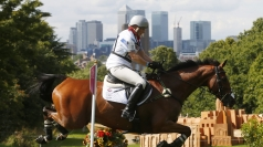Zara Phillips goes for gold.
