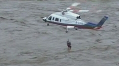 Helicopter rescue: 25 saved from floods in China