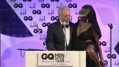 Grace Jones gives Tom Jones her knickers