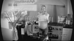Jennifer Aniston is pregnant with triplets in spoof video