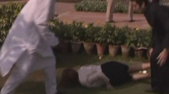 Julia Gillard falls on her face in India