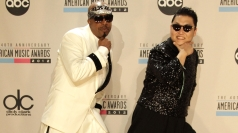 Psy and MC Hammer do Gangnam Style mashup