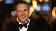 Russell Crowe talks at the Les Misérables premiere