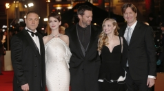 Hugh Jackman and Amanda Seyfried rap Les Misérables