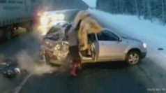 Toddler thrown from car into oncoming traffic in Russia