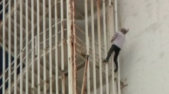 Fearless French 'Spiderman' scales rusty Havana tower block