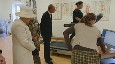 Queen visits injured service personnel
