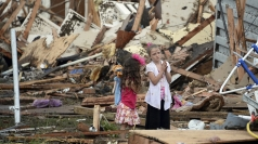 Children scream and cry moments after tornado