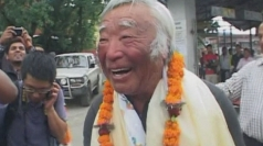 Oldest Everest climber receives hero's welcome