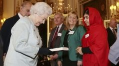 Schoolgirl Malala Yousafzai meets the Queen