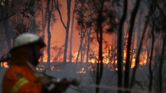 Australian firefighters prepare for worst