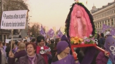 Spanish protests against abortion law changes
